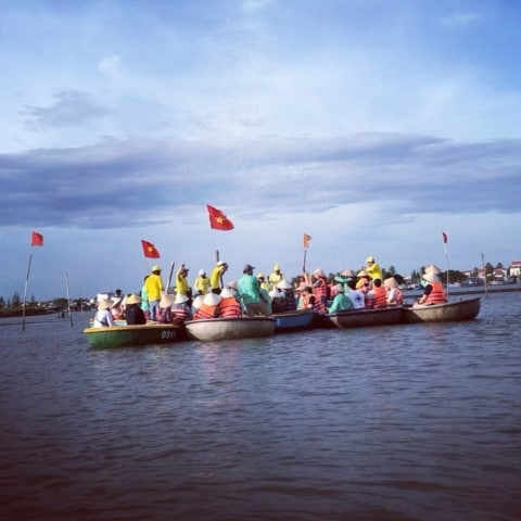 party-time-boat-coconut-hoian-480x480 Home