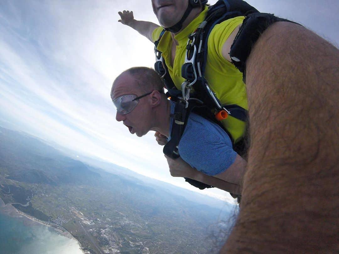 lete28099s-jump-f09fa4aaf09f9bab-sky-dive Let's Jump 🤪🛫 #sky #dive @skydivefiji1_official