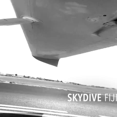 quickstories-gopro-skydivefiji-skydivefiji1_official-480x480 Home