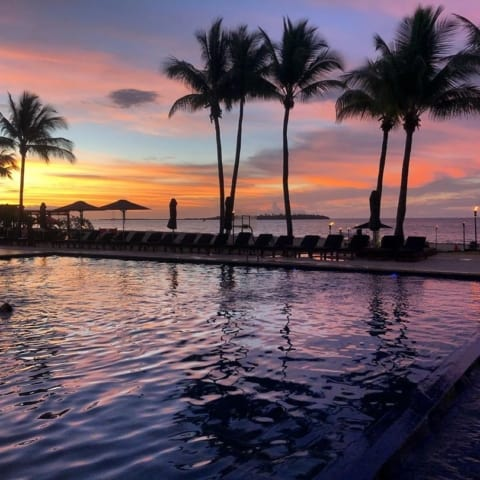 sunset-hiltonfiji-beach-pool-480x480 Home