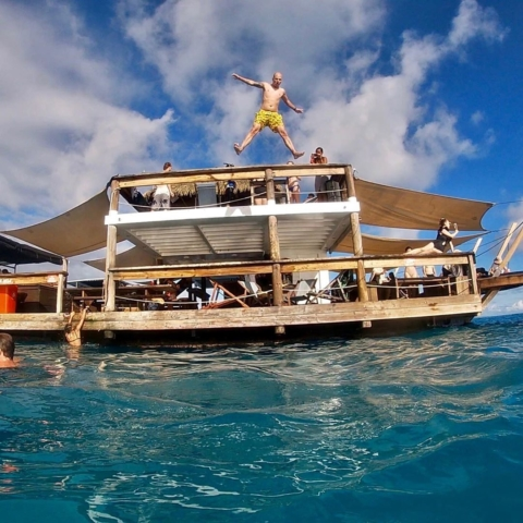 jump-chill-at-cloud9_fiji-480x480 #jump & #chill at @cloud9_fiji #fiji #holiday #cloud9fiji #bar #ocean